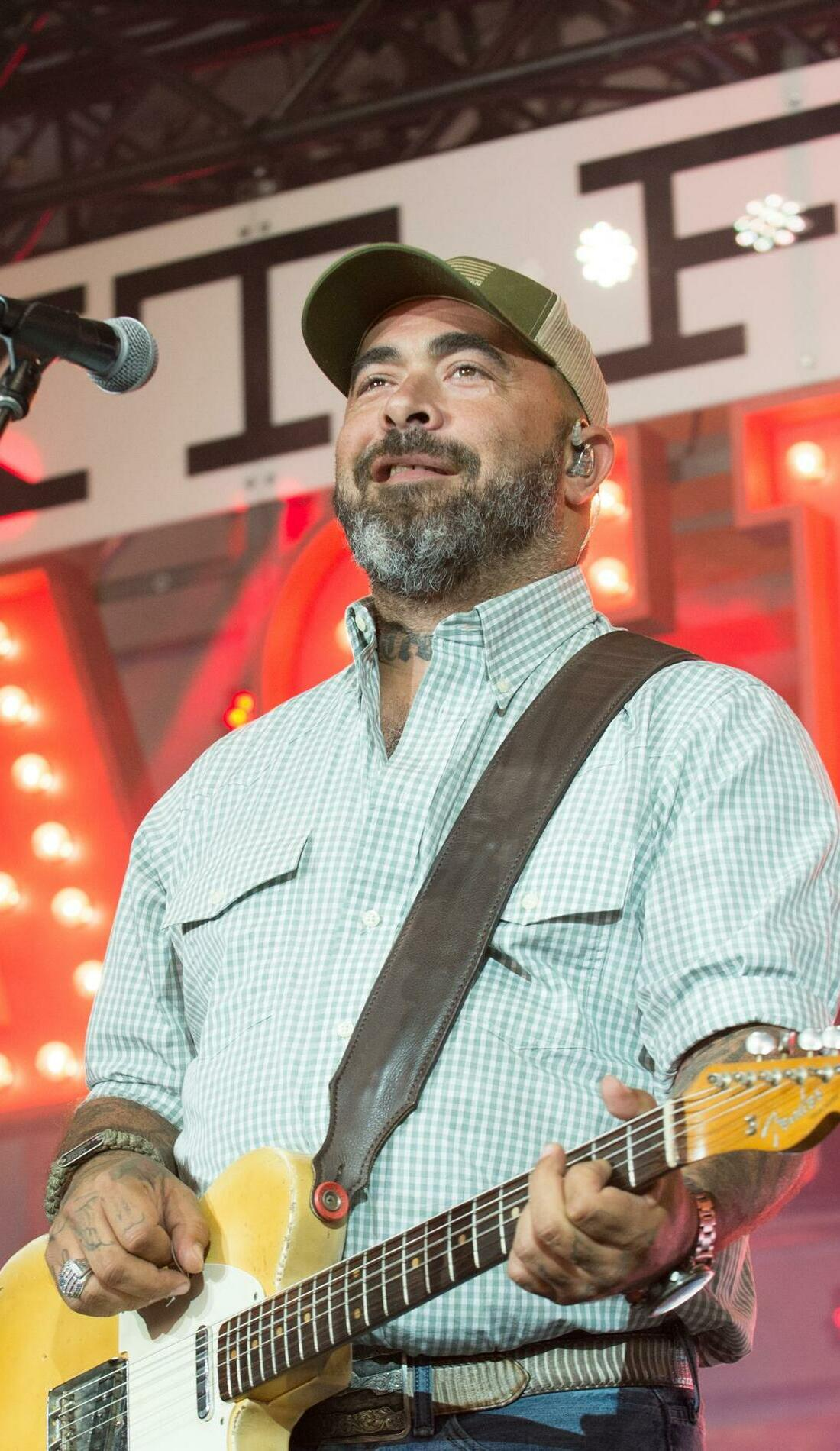 A Aaron Lewis live event