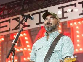 Aaron Lewis with Chase Tyler (18+)