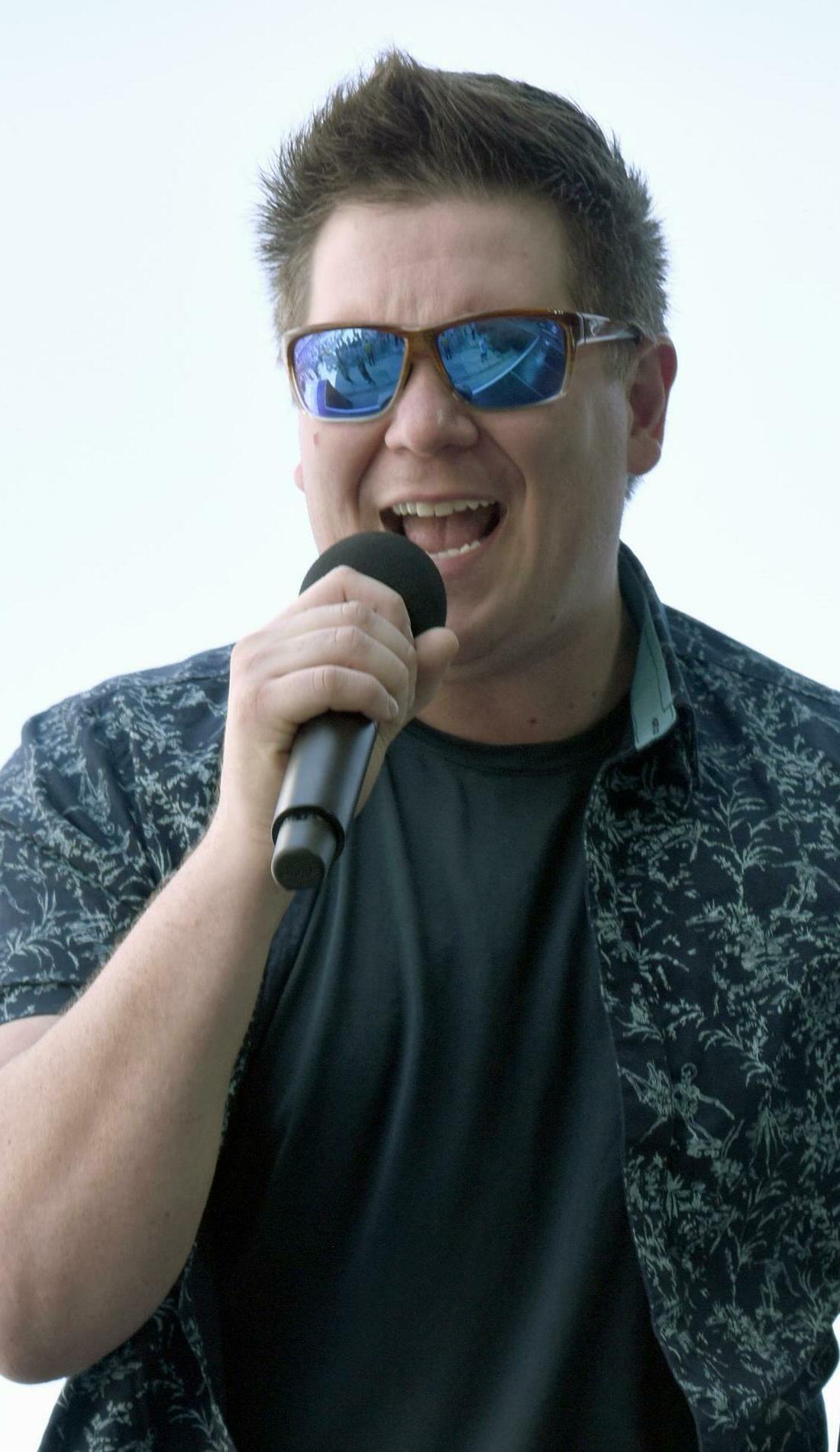 A Adam Craig live event