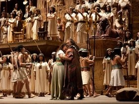 Metropolitan Opera: Aida - New York