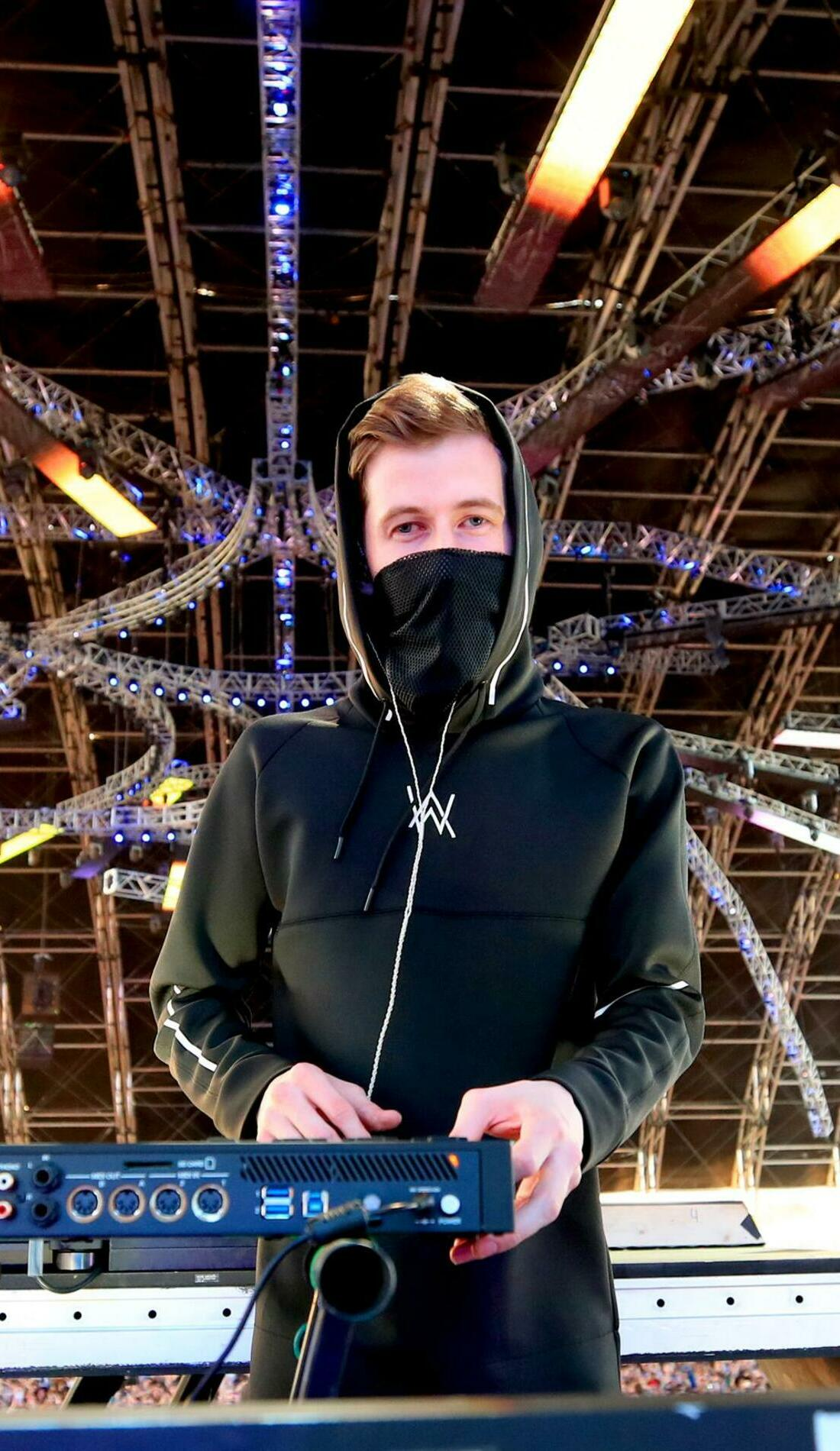 A Alan Walker live event