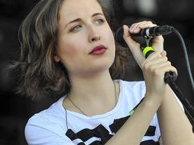 Alice Merton (18+)