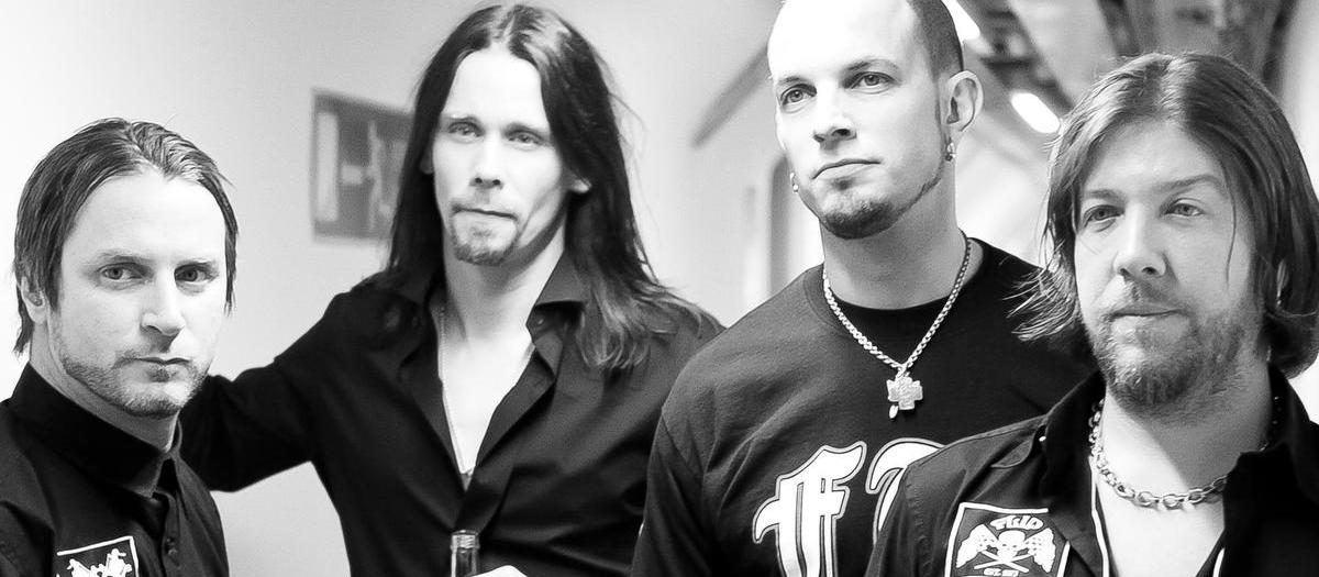 Alter Bridge with BRKN LOVE