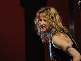 Advertisement - Tickets To Ana Popovic