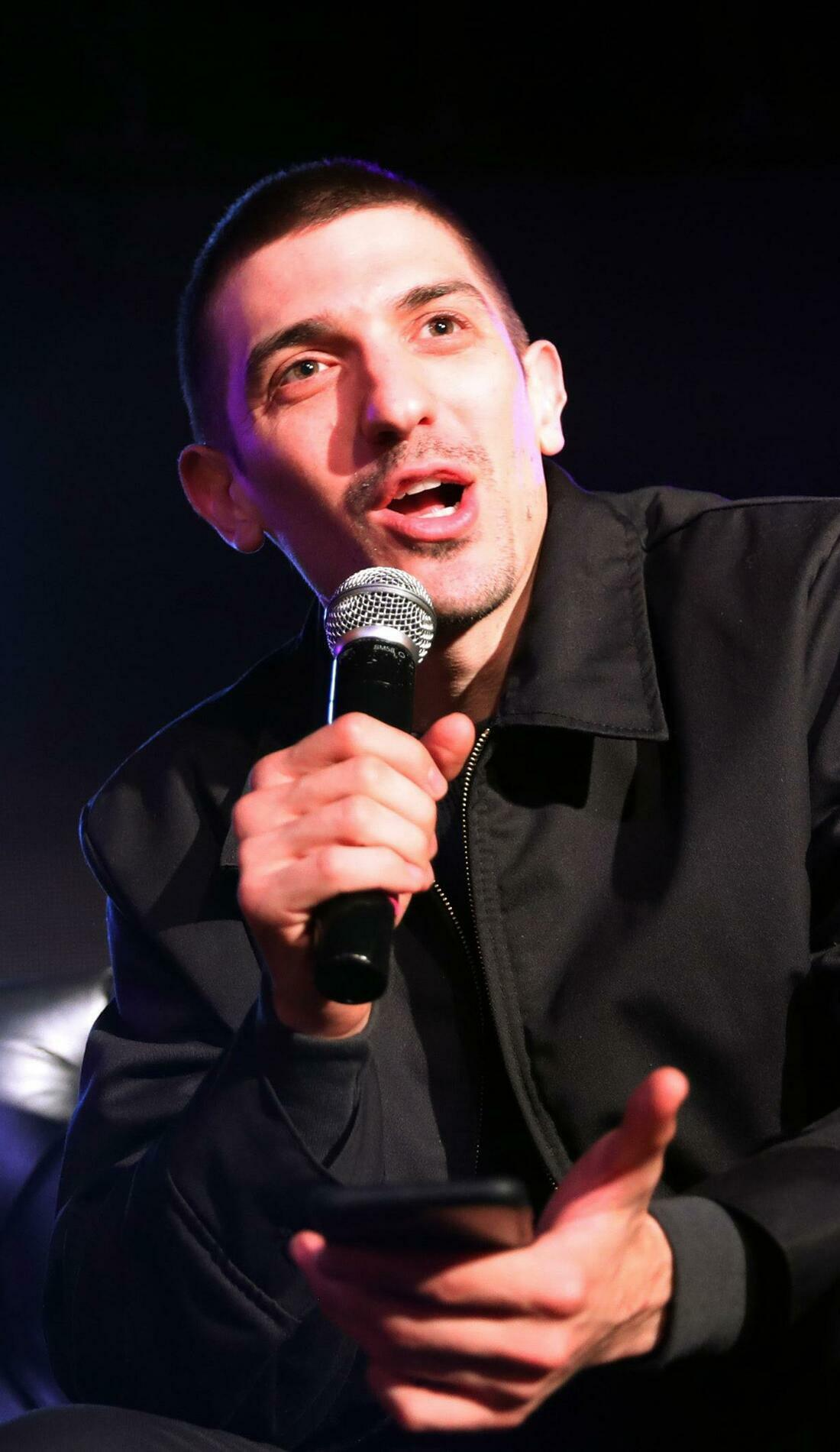A Andrew Schulz live event