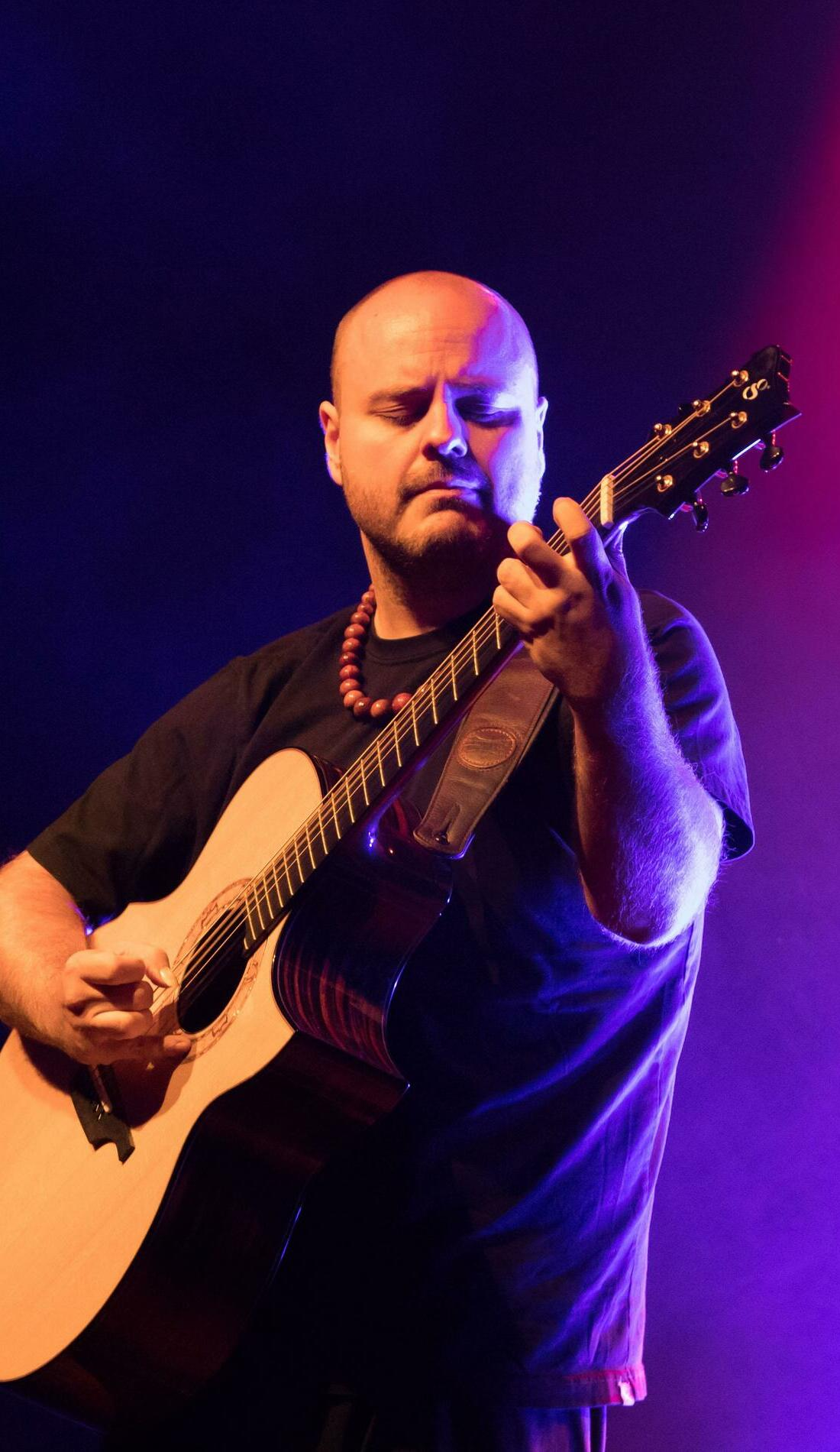 A Andy McKee live event