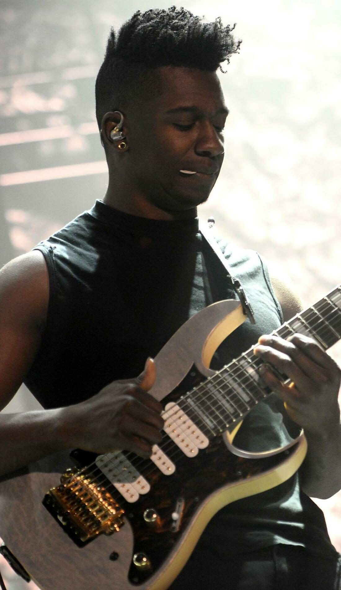 A Animals As Leaders live event