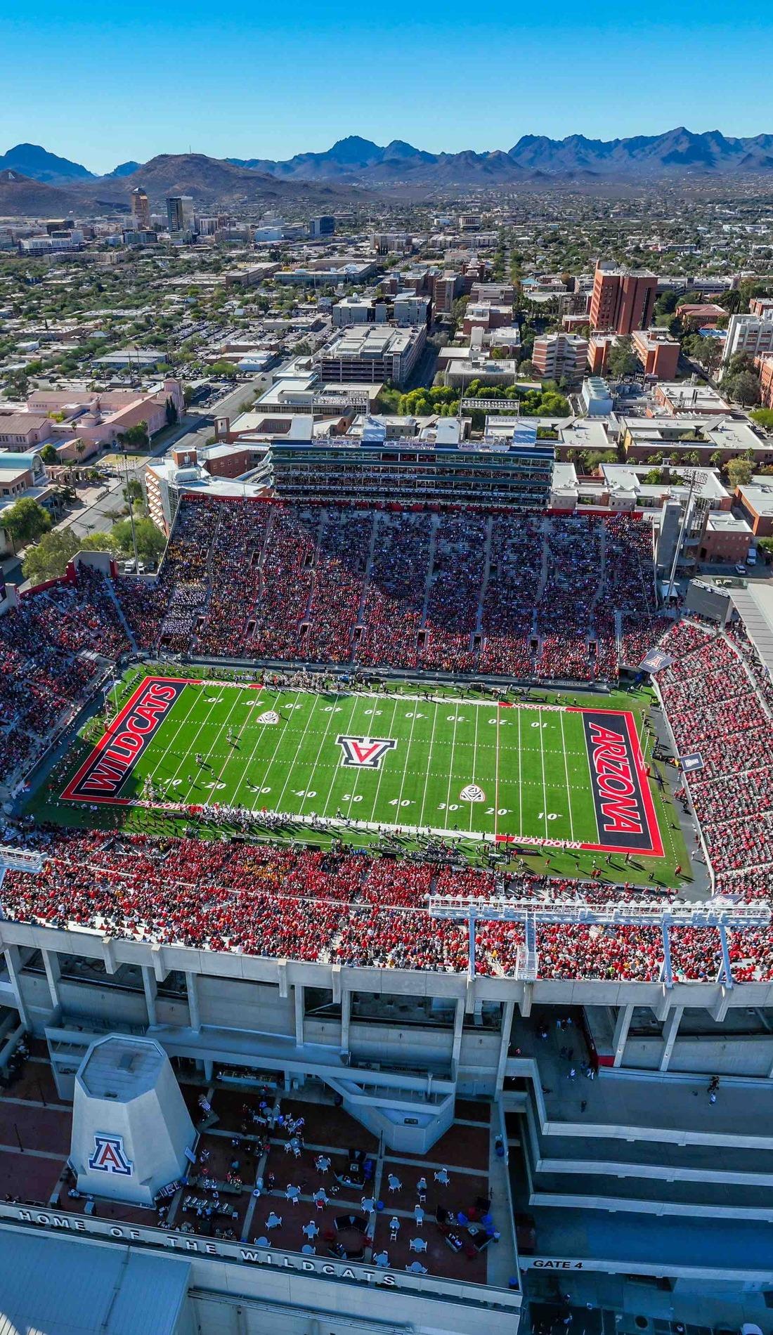 A Arizona Wildcats Football live event