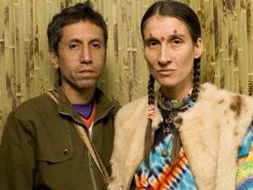 Aterciopelados with Los Amigos Invisibles