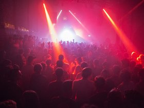 Best place to buy concert tickets Bailen