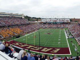 Notre Dame Fighting Irish at Boston College Eagles Football