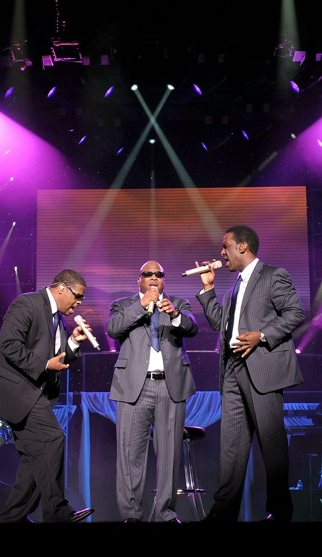 A Boyz II Men live event