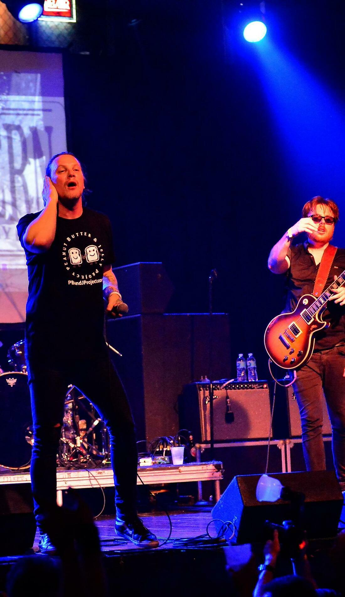A Candlebox live event