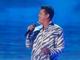 Advertisement - Tickets To Carlos Vives