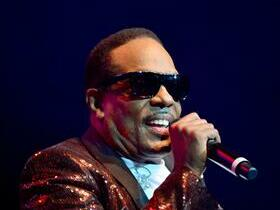Charlie Wilson with The Isley Brothers