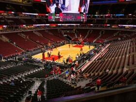 Cleveland Cavaliers at Chicago Bulls