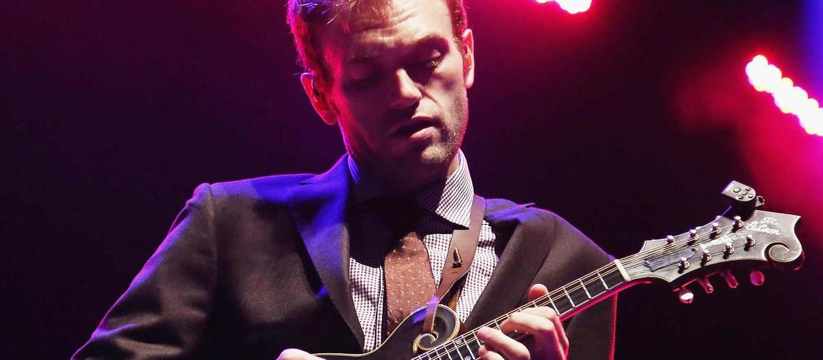 Chris Thile Tickets