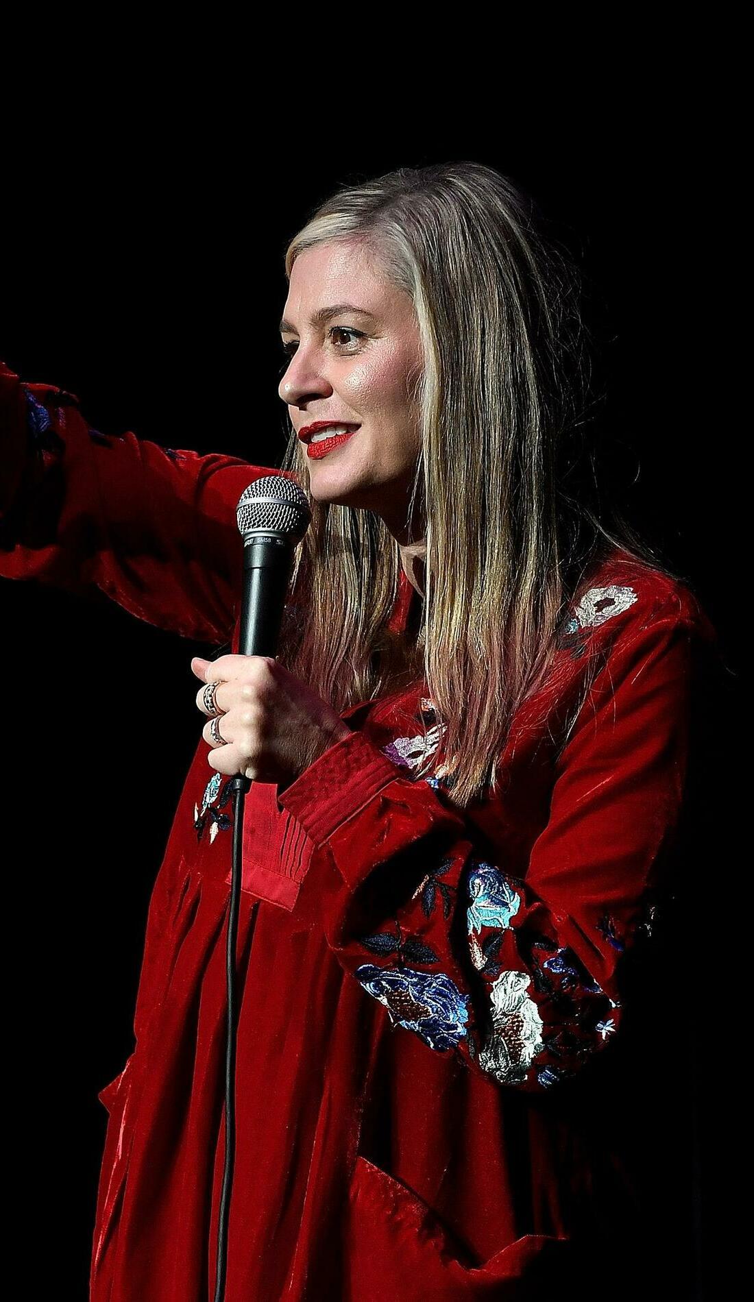 A Christina Pazsitzky live event
