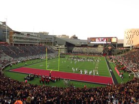 Connecticut Huskies at Cincinnati Bearcats Football