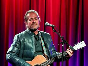 An Intimate Solo Acoustic Performance by Citizen Cope