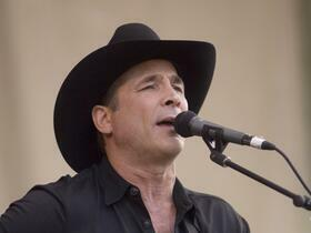 Advertisement - Tickets To Clint Black