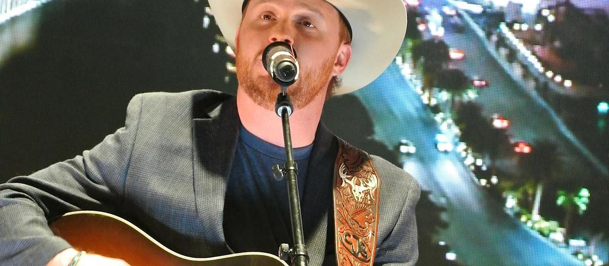 Cody Johnson (21+)