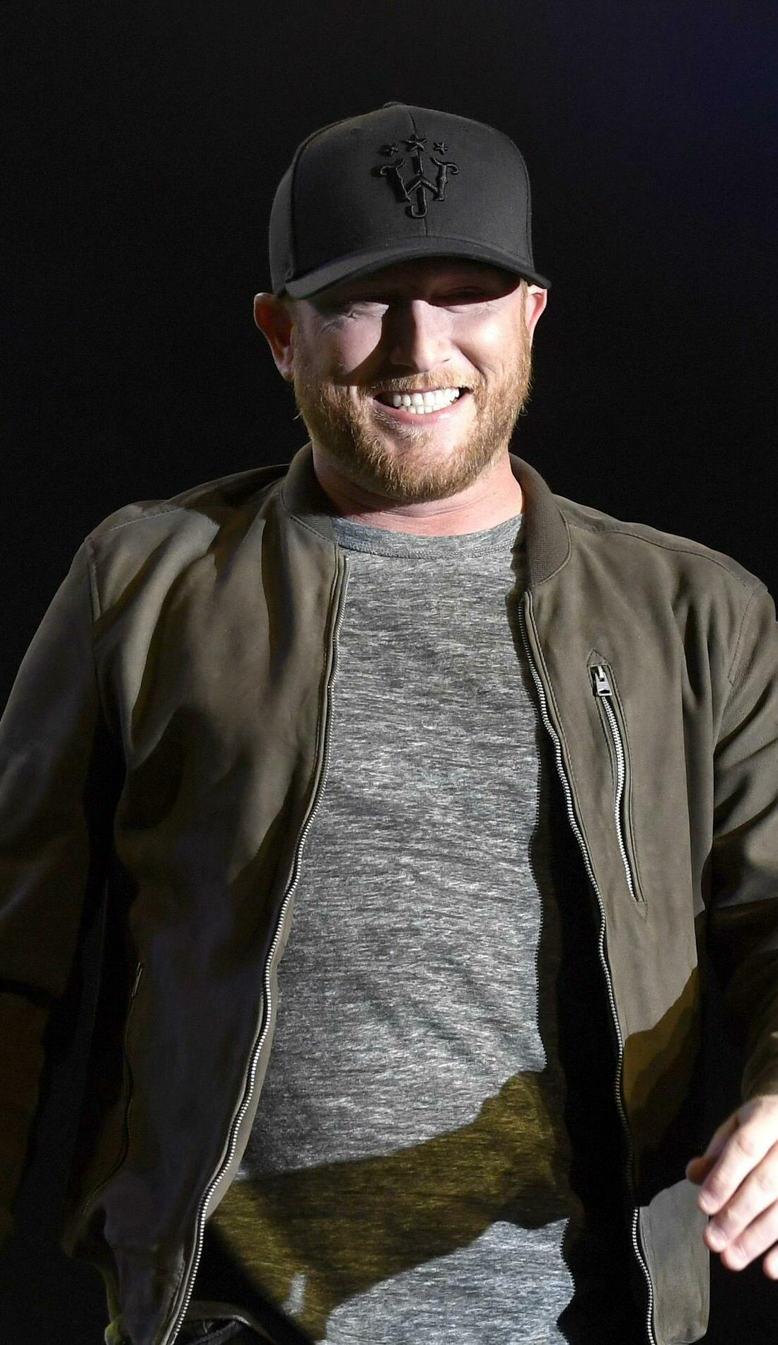 A Cole Swindell live event