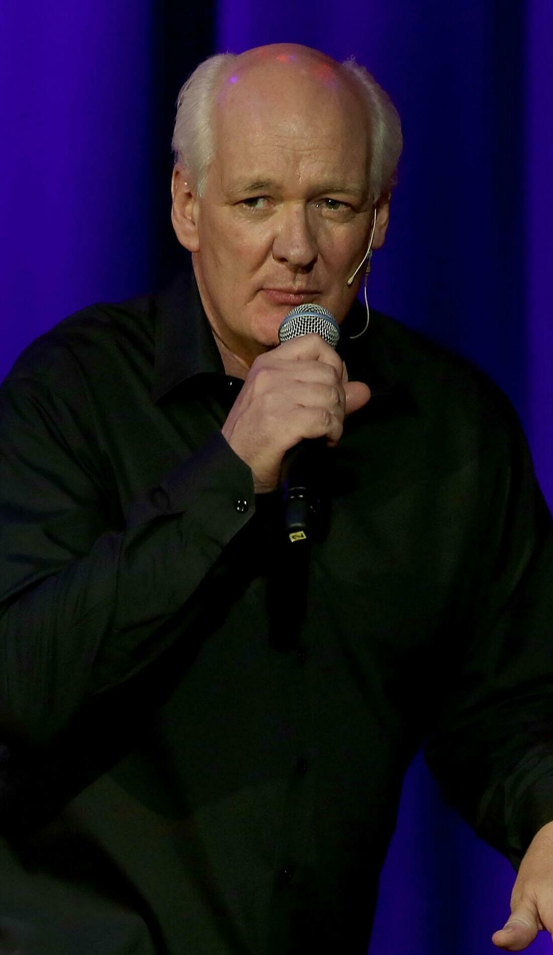 A Colin Mochrie live event
