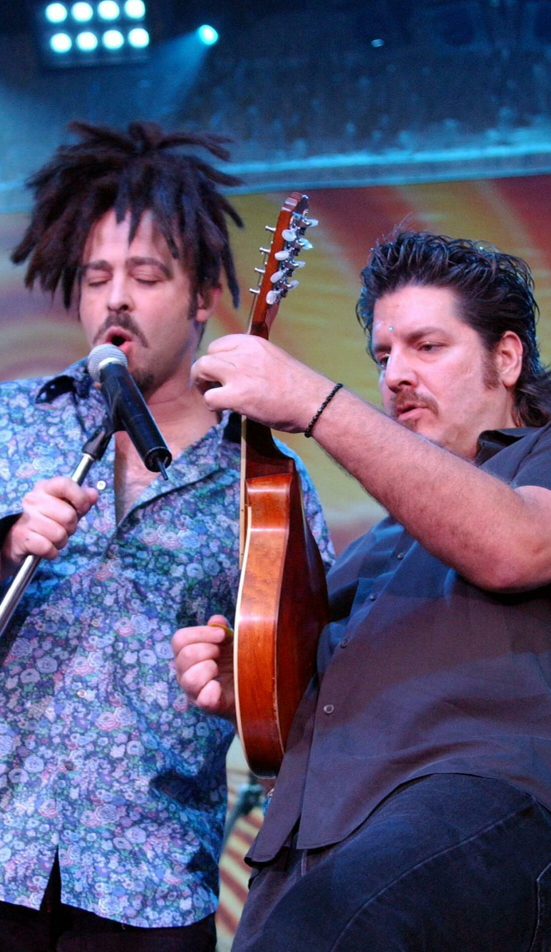 A Counting Crows live event