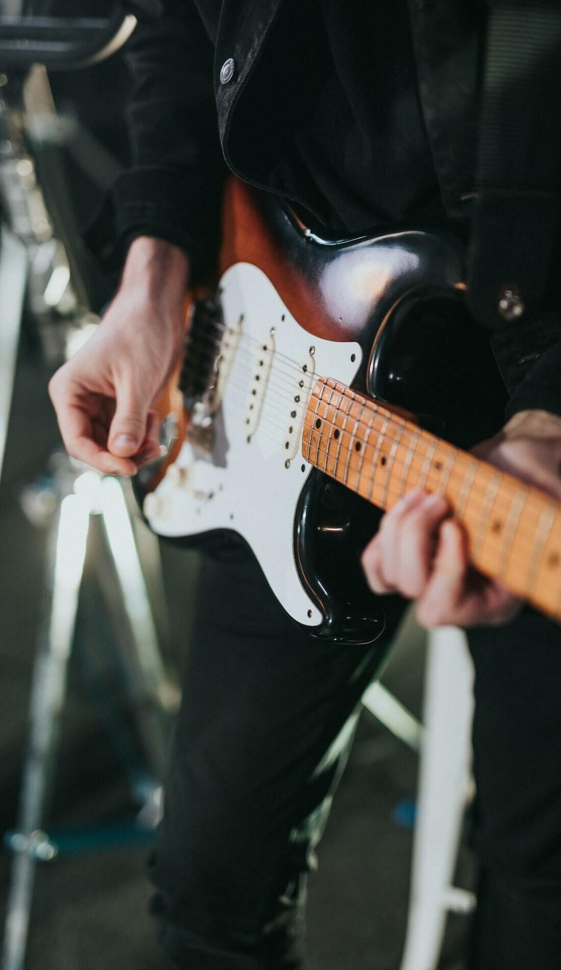 A Crossroads Guitar Festival live event