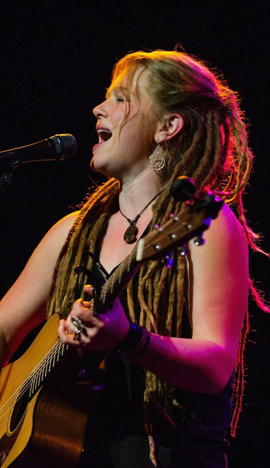 A Crystal Bowersox live event