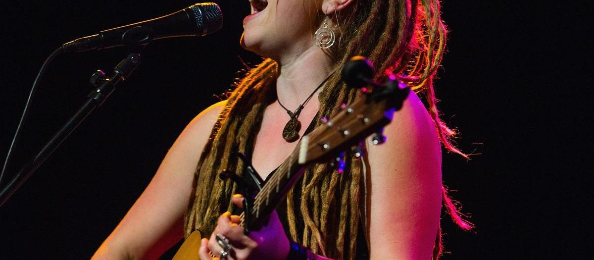 Crystal Bowersox with David Luning (21+)