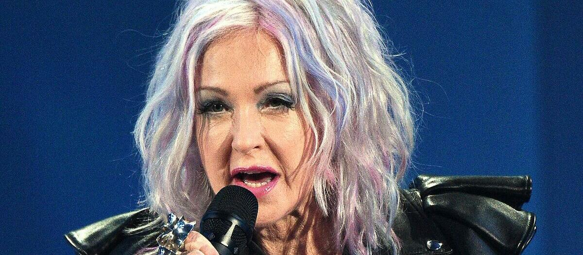 Cyndi Lauper Tickets