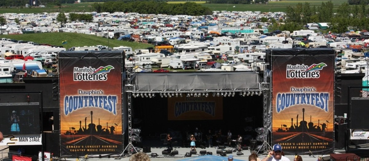 Dauphins Countryfest Tickets