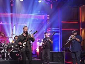 Dave Matthews Band with Dave Matthews