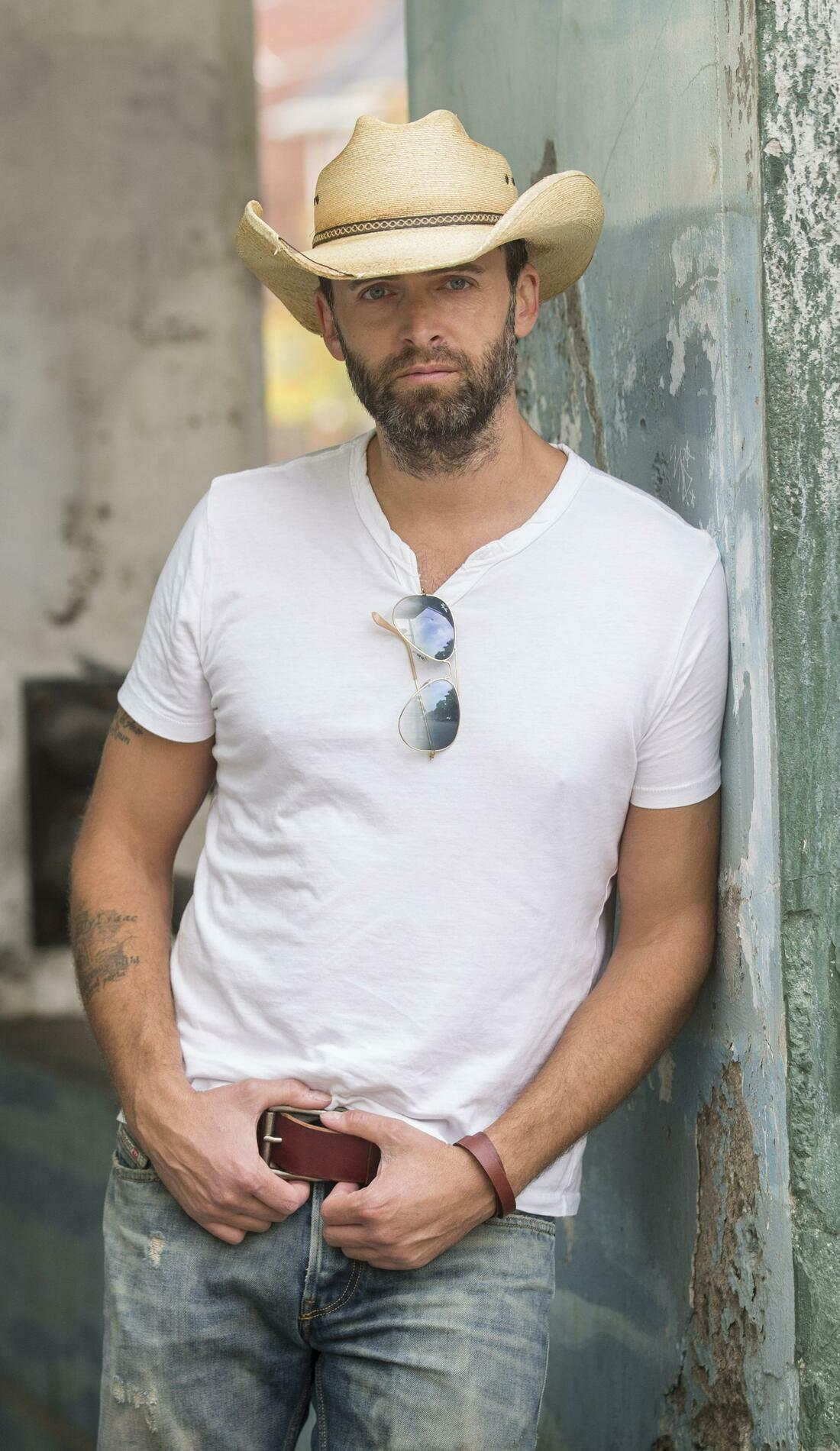 A Dean Brody live event