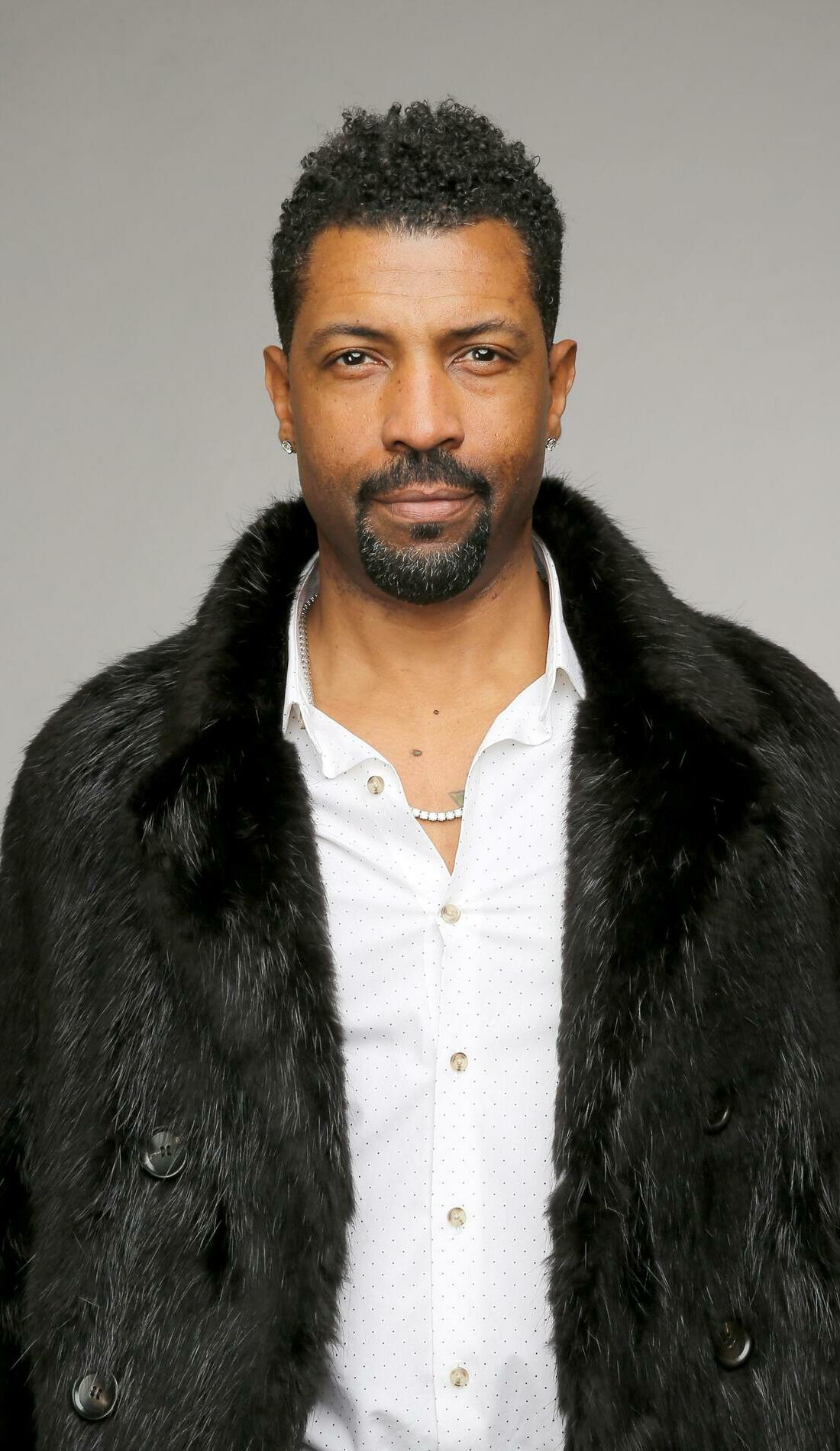 A Deon Cole live event