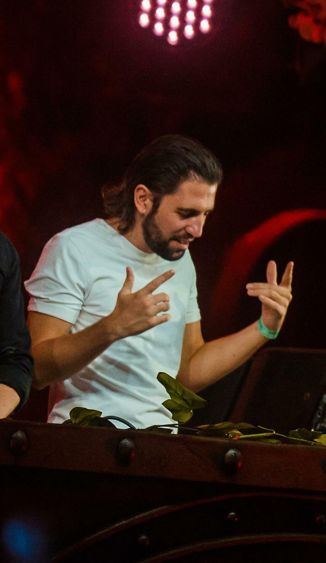 A Dimitri Vegas & Like Mike live event