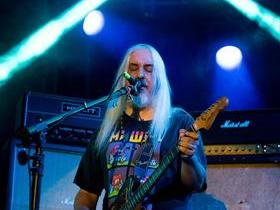 Dinosaur Jr. with Easy Action (18+)
