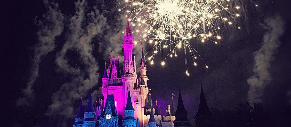 Disney on Ice presenterar - Fortrollade Varldar Tickets