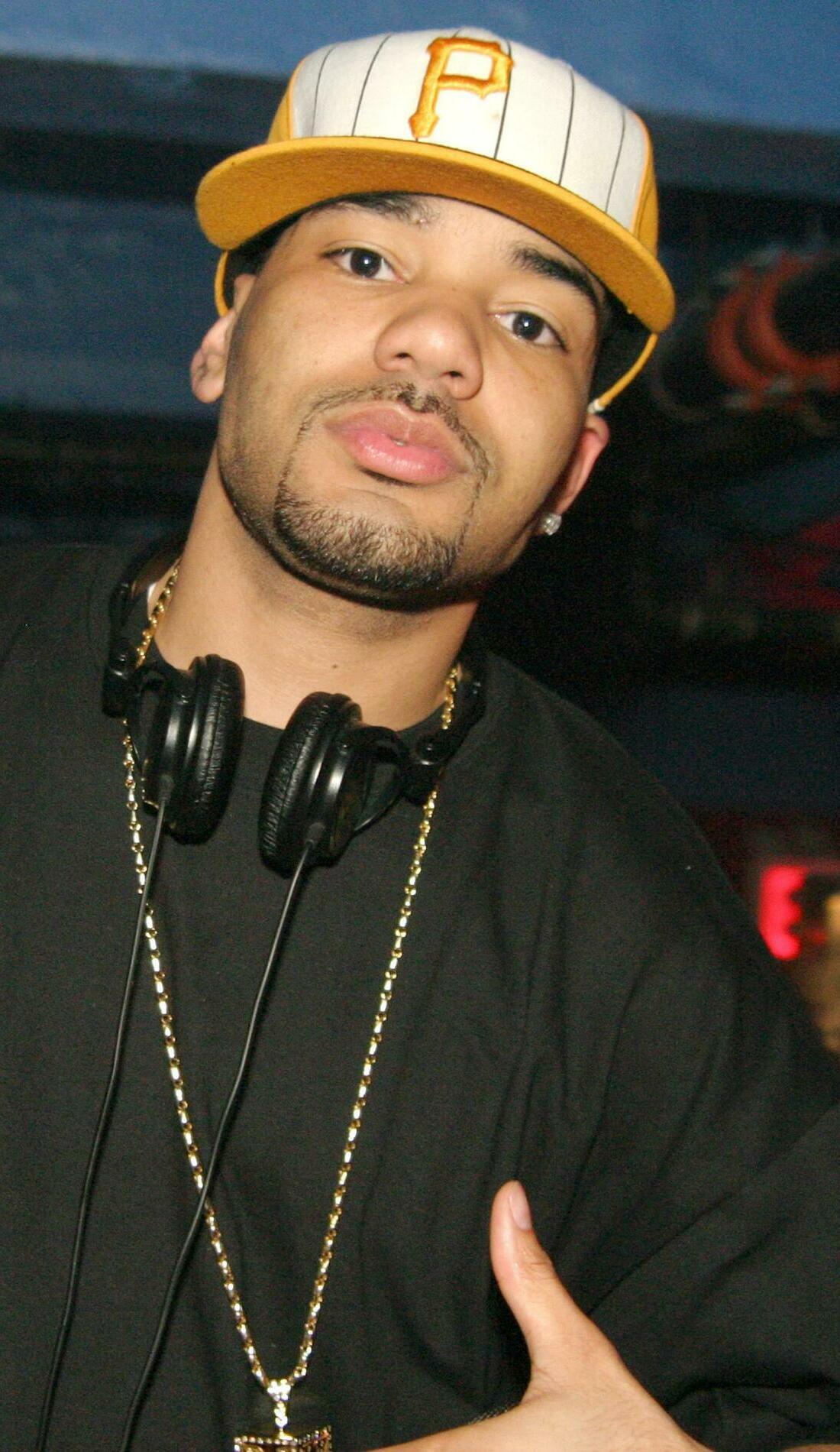 A DJ Envy live event