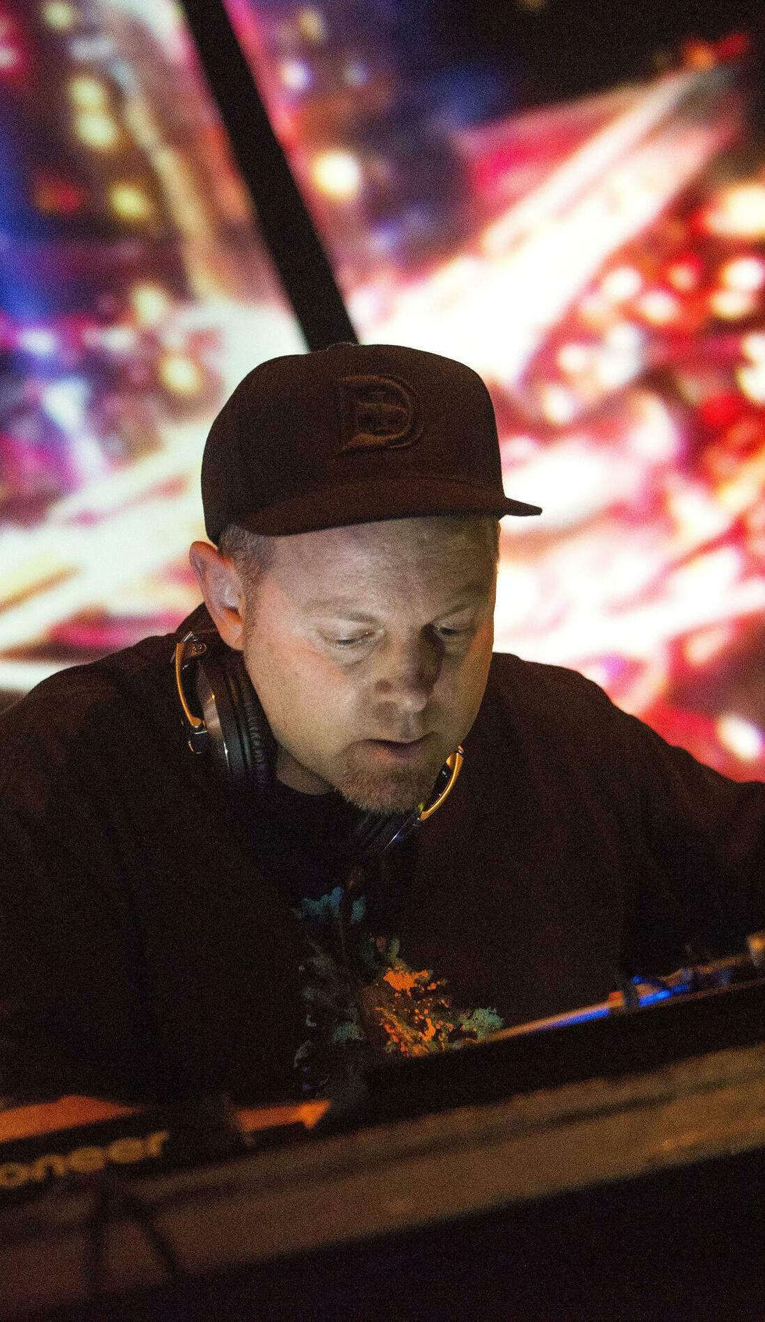 A DJ Shadow live event