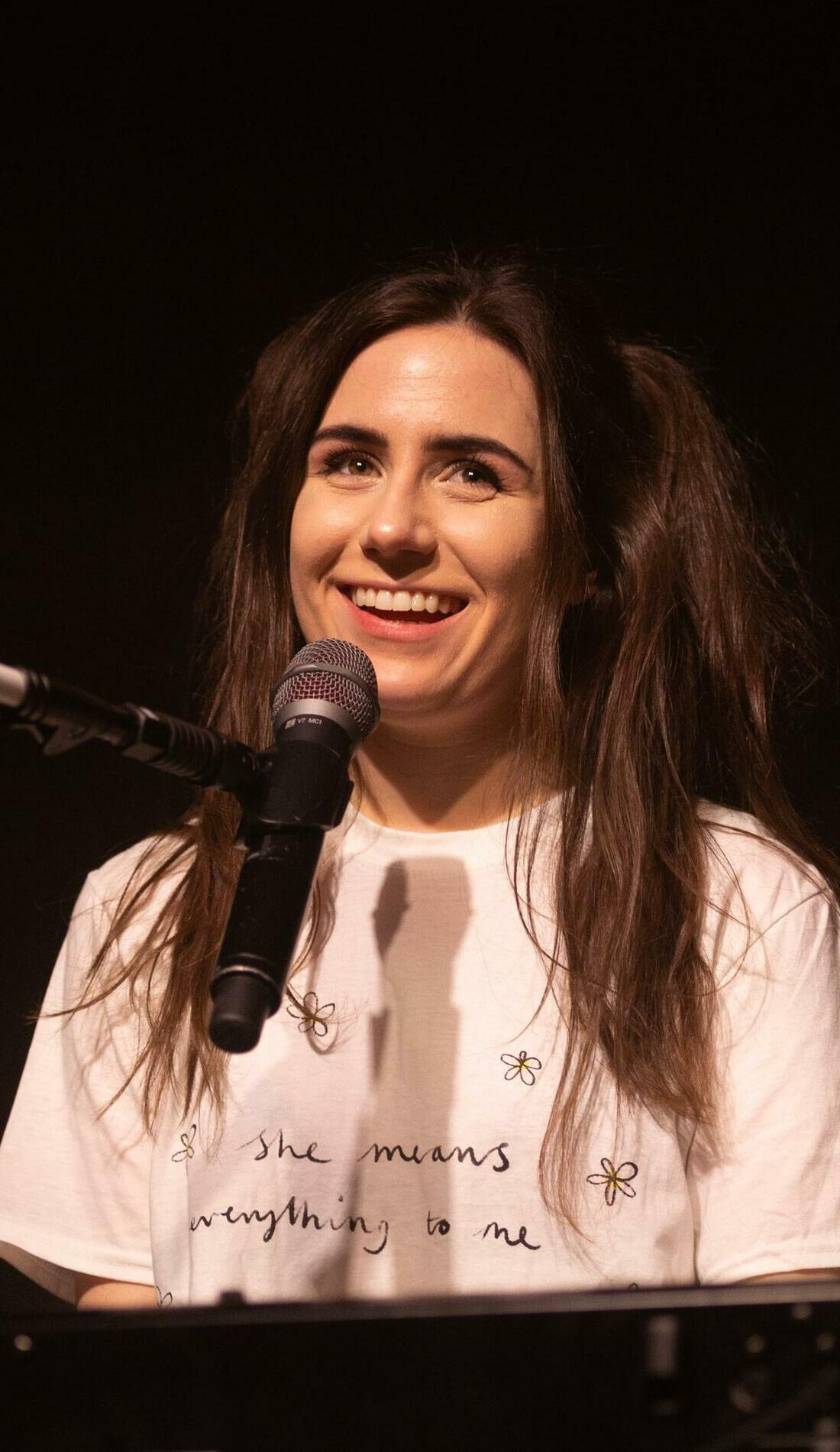 A dodie live event