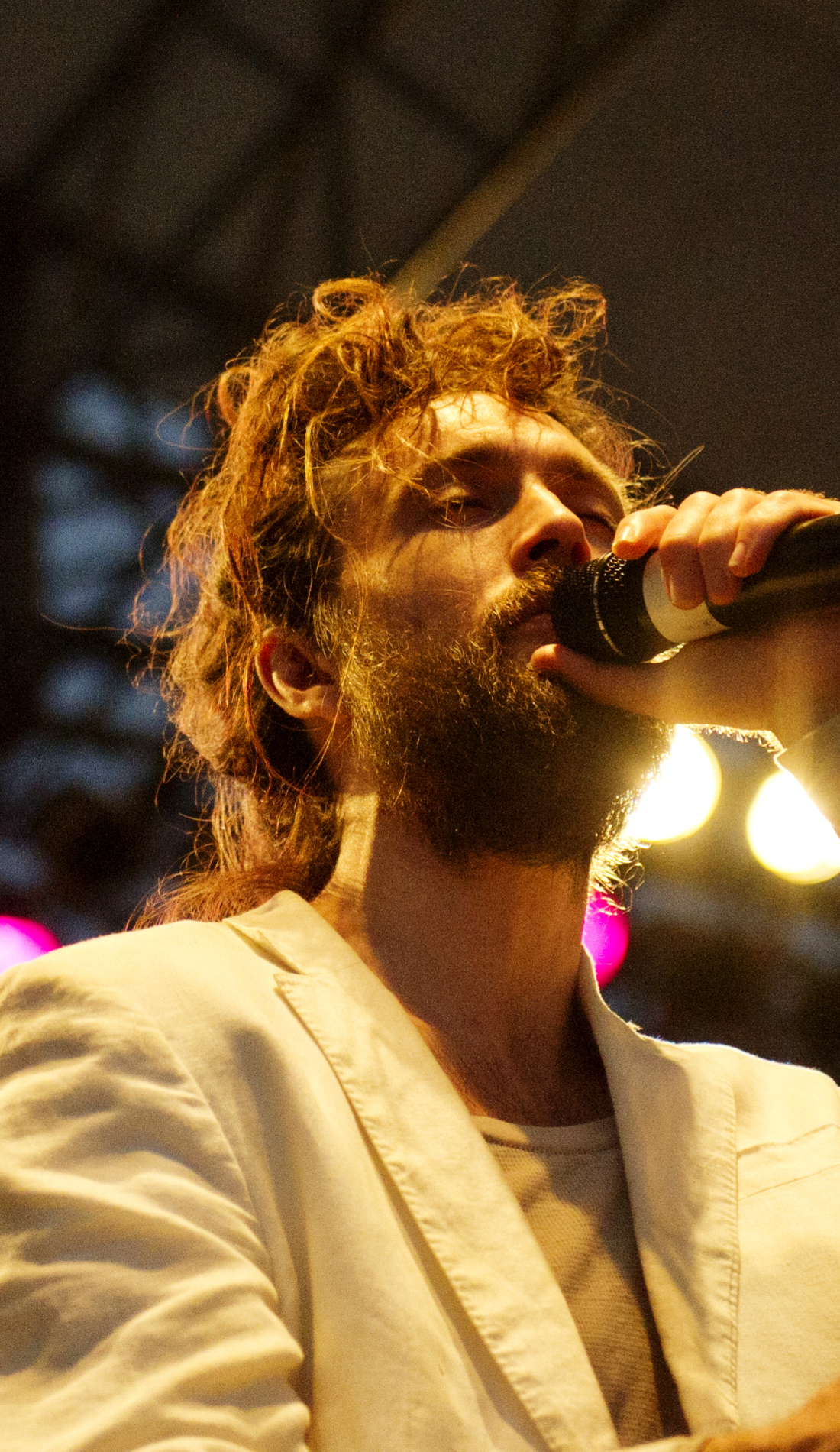 A Edward Sharpe and the Magnetic Zeros live event