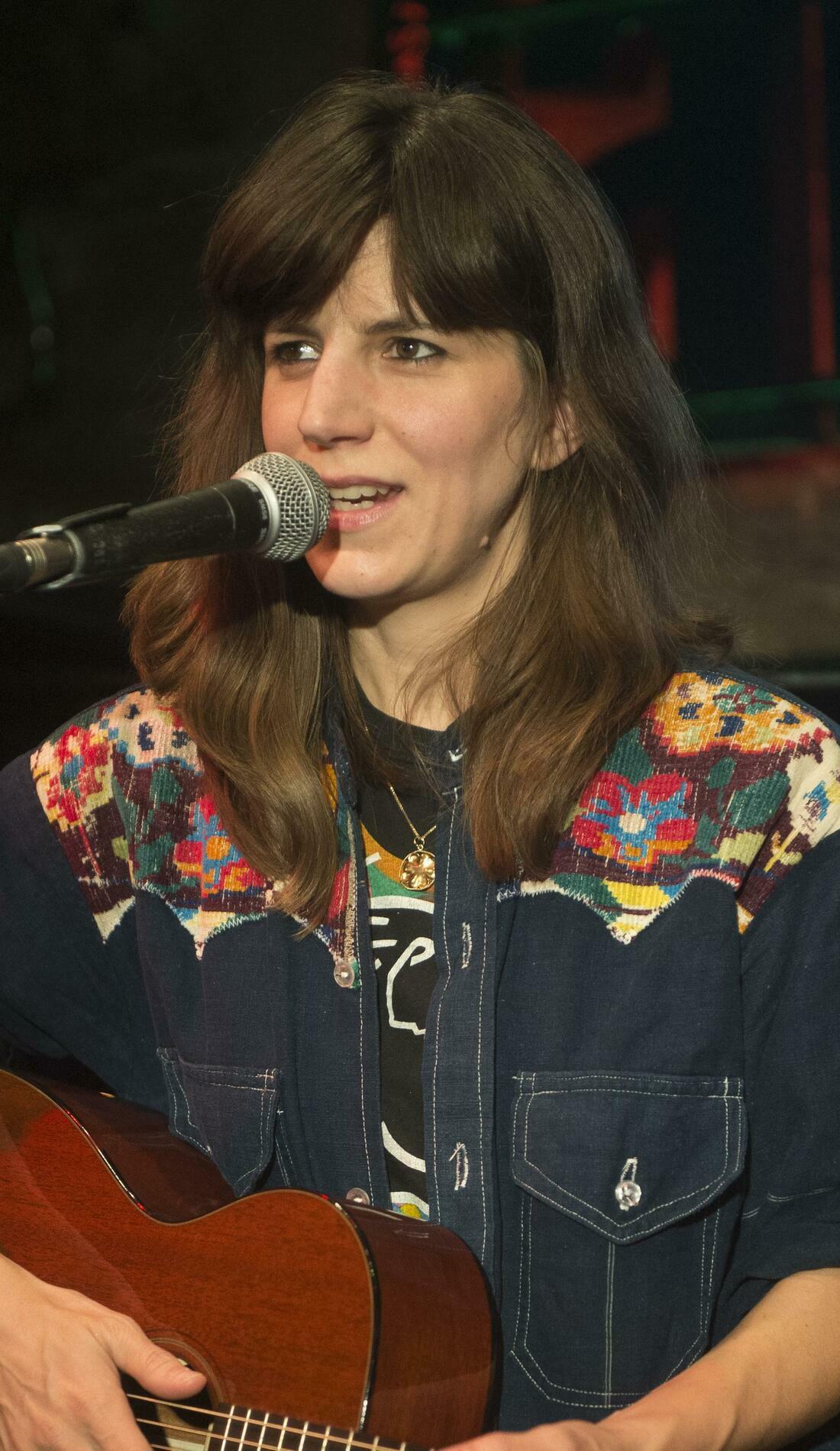 A Eleanor Friedberger live event