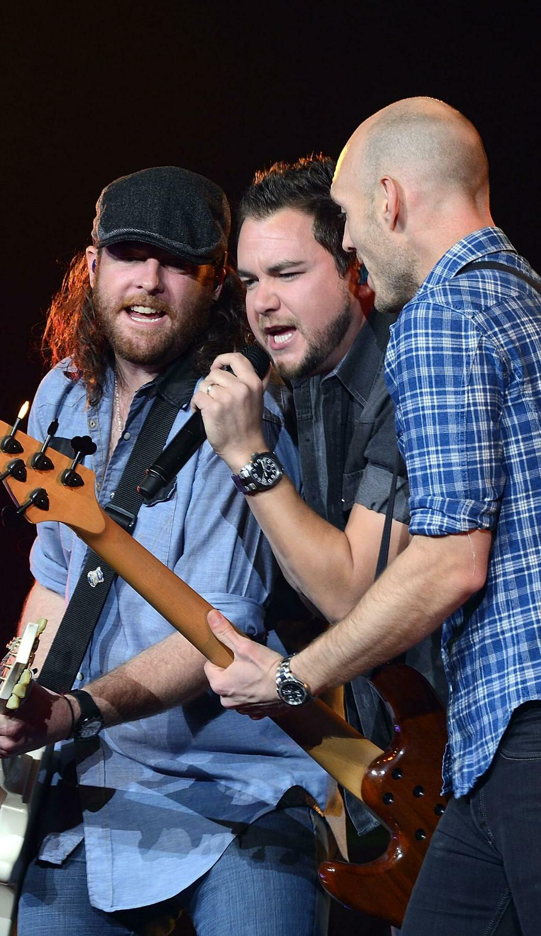 A Eli Young Band live event