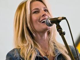Elizabeth Cook