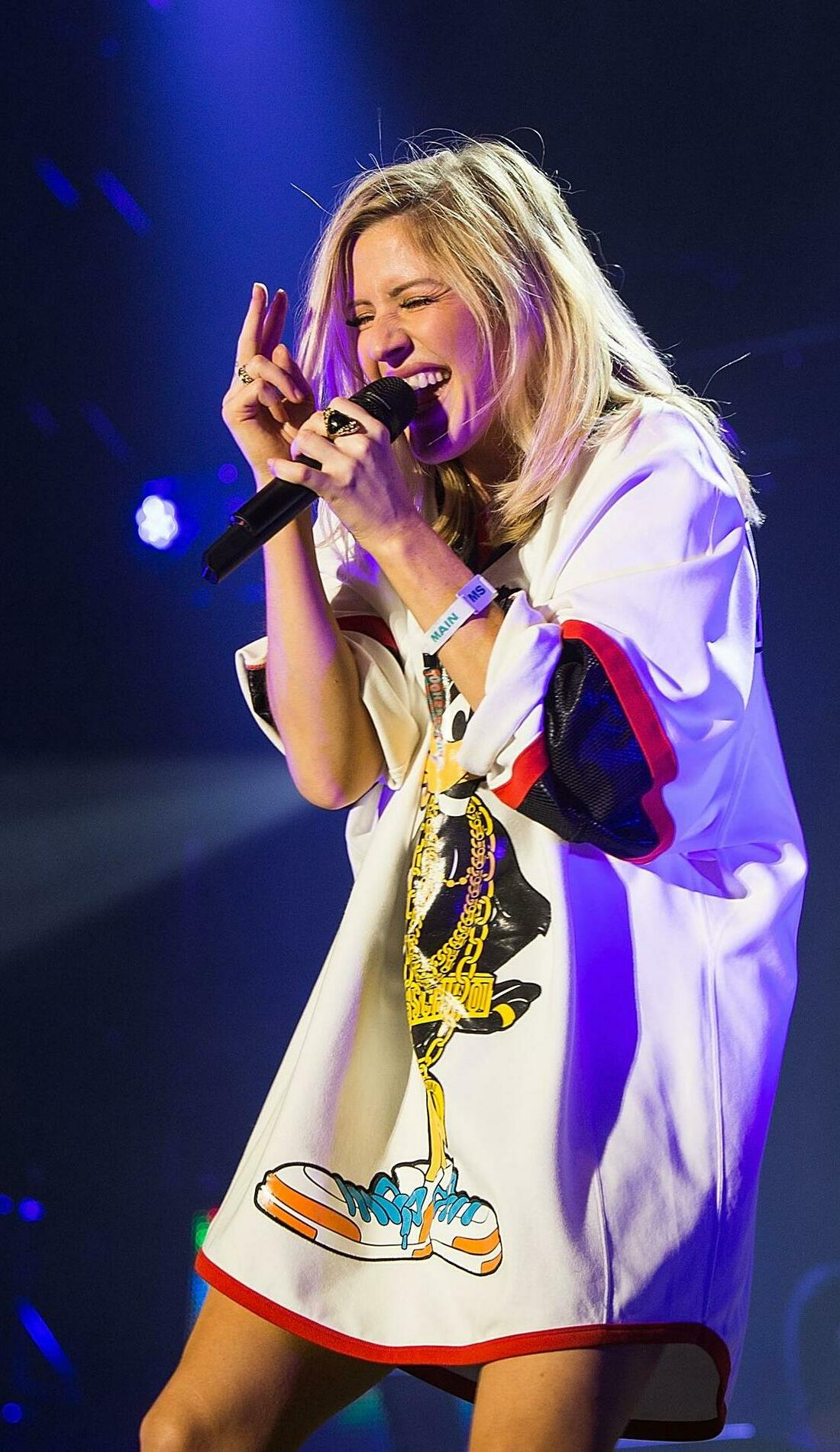 A Ellie Goulding live event