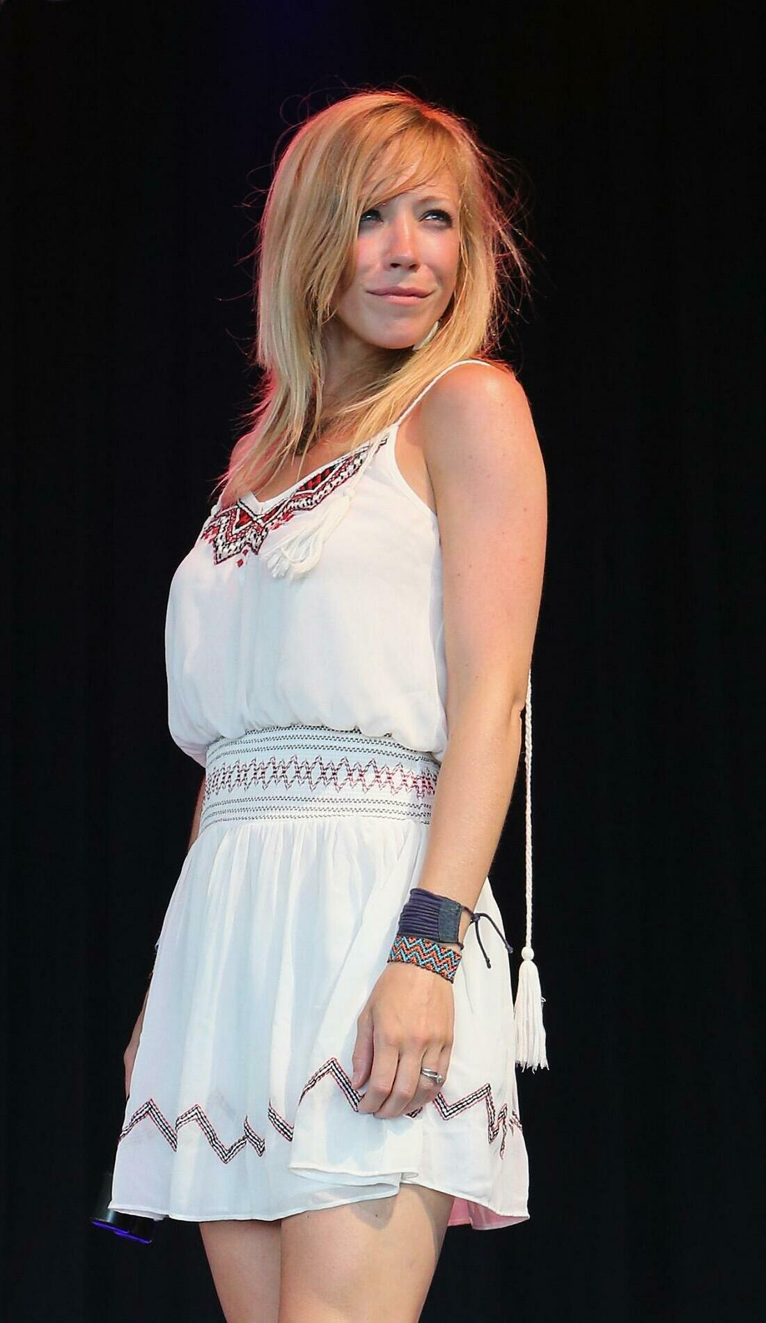 A Ellie Holcomb live event