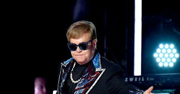 Elton John : Farewell Yellow Brick Road